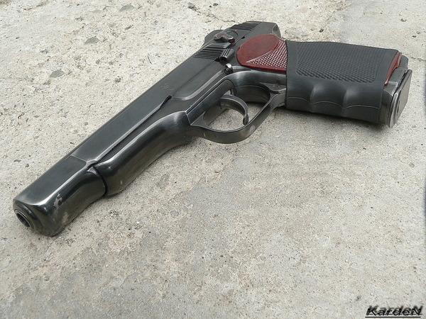 автоматический пистолет Стечкина - АПС фото 1