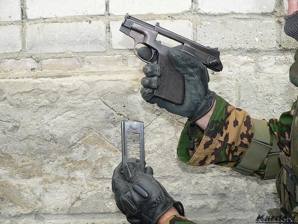 пистолет самозарядный специальный - ПСС фото 16