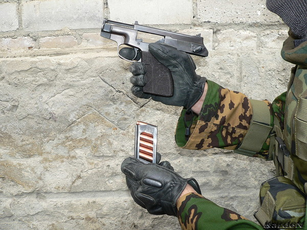 пистолет самозарядный специальный - ПСС фото 17