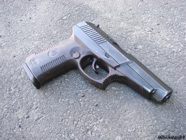 Gun Serdyukov SR1M photo 2