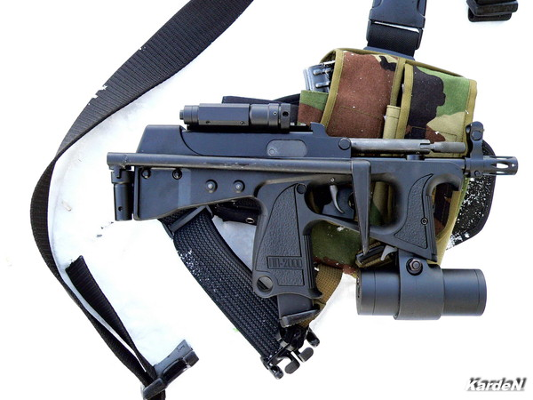 РР-2000 submachine gun photo 1