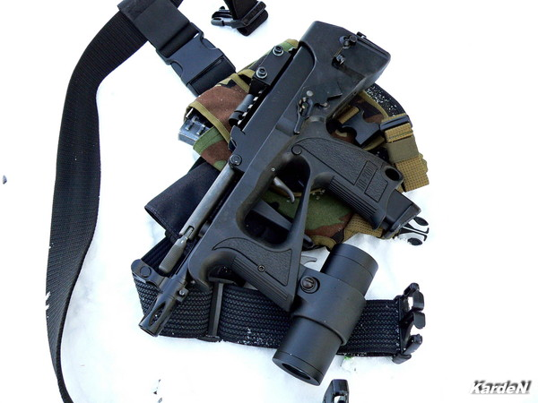 РР-2000 submachine gun photo 2