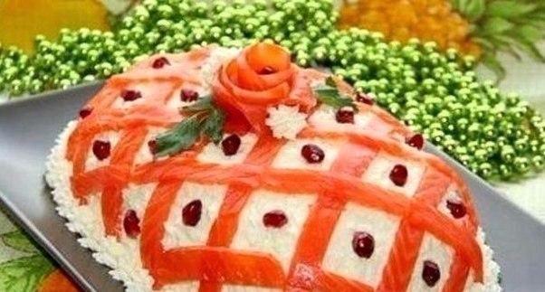 Посмотреть фото украшение салатов